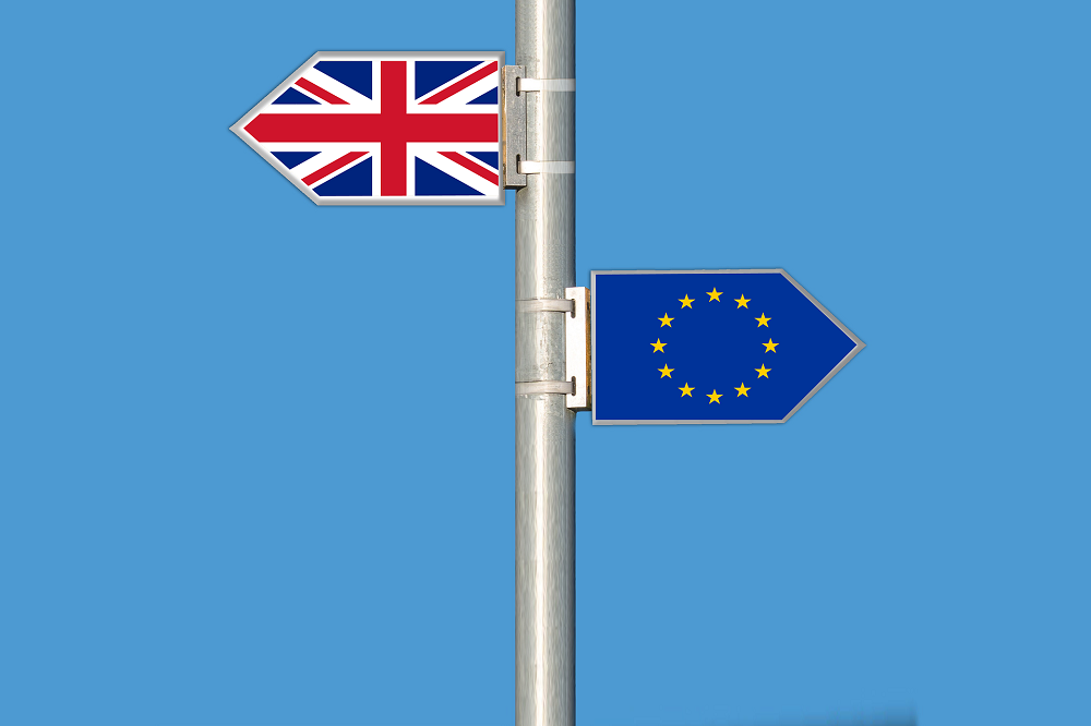 brexit-signs