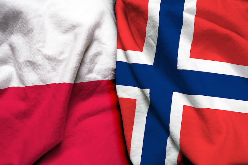 poland norway flag together